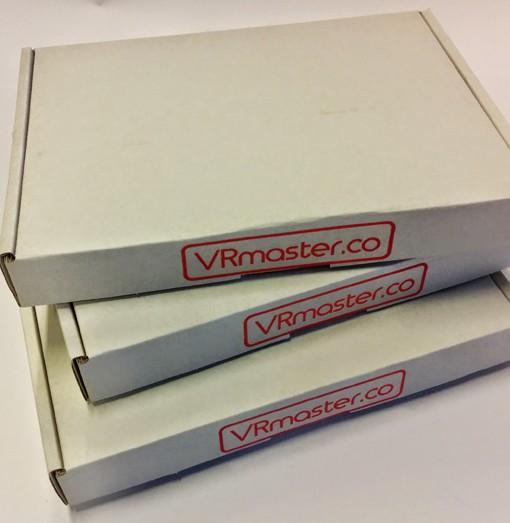 Indien gewenst wordt de VRmaster per stuk verpakt in doos of bubbeltjesenvelop.