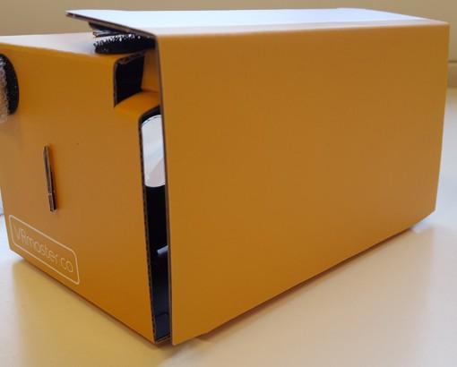 VRMaster-V3-Oranje-Google-Cardboard-600px