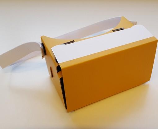 VRMaster-V3-Oranje-top-Google-Cardboard-600px